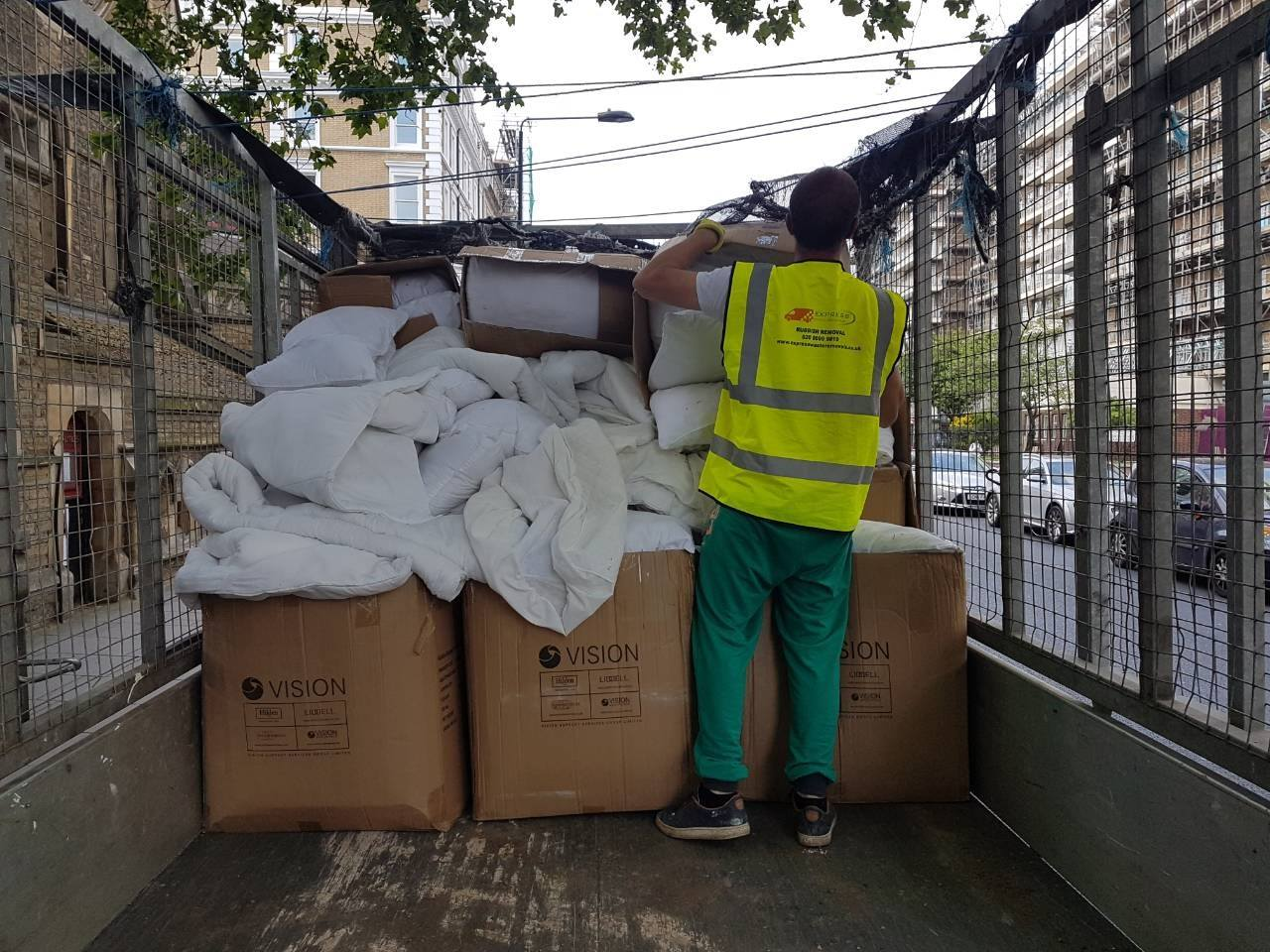 Deal With Commercial Business Waste